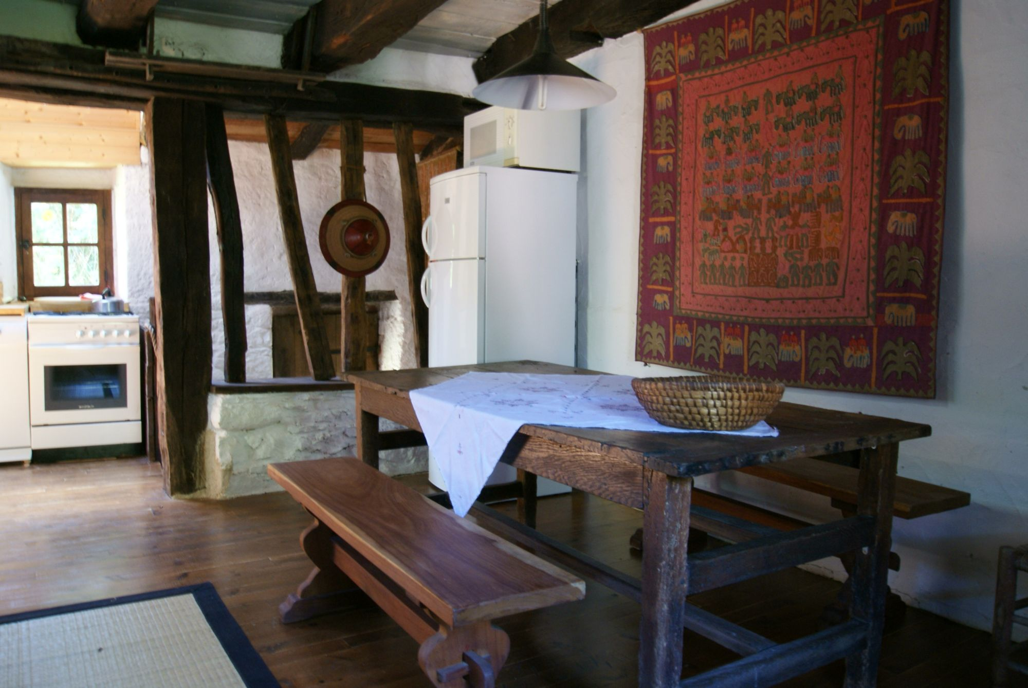 Table de cuisine ancienne cuisine ancienne des ides pour - Table de cuisine ancienne ...
